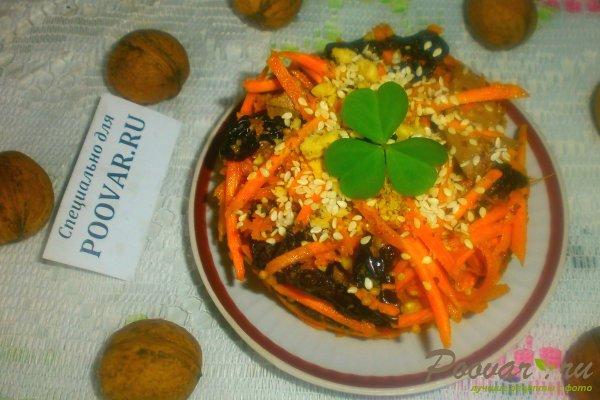 Салат из моркови с куриной печенью Изображение
