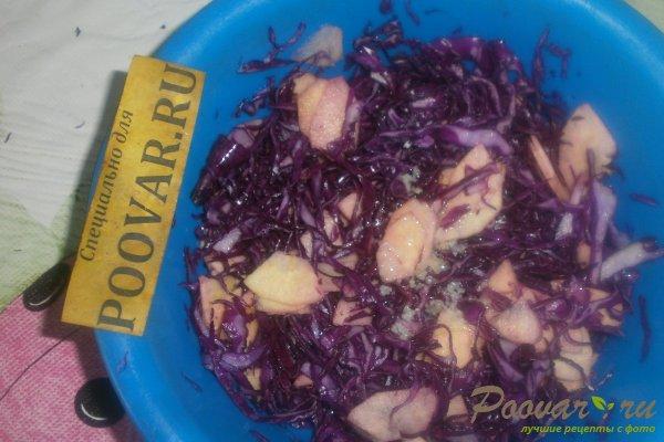 Салат из красной капусты с яблоками Шаг 10 (картинка)
