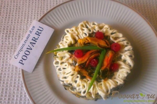 Салат из морской капусты с мидиями Изображение