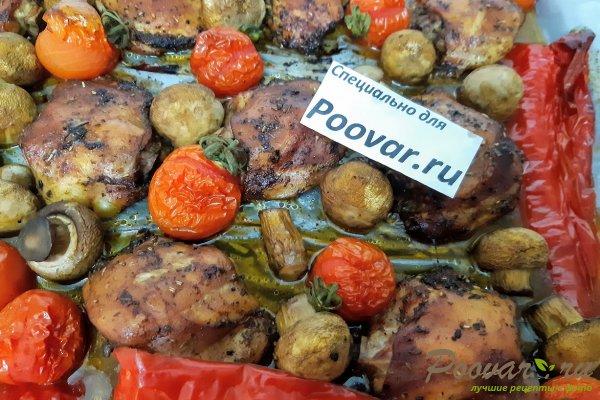Куриные бедра запеченные с овощами в духовке Шаг 10 (картинка)