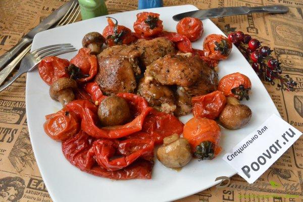 Куриные бедра запеченные с овощами в духовке Шаг 11 (картинка)