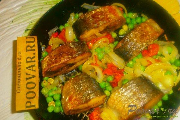 Жареная сельдь на сковороде с овощами Шаг 13 (картинка)