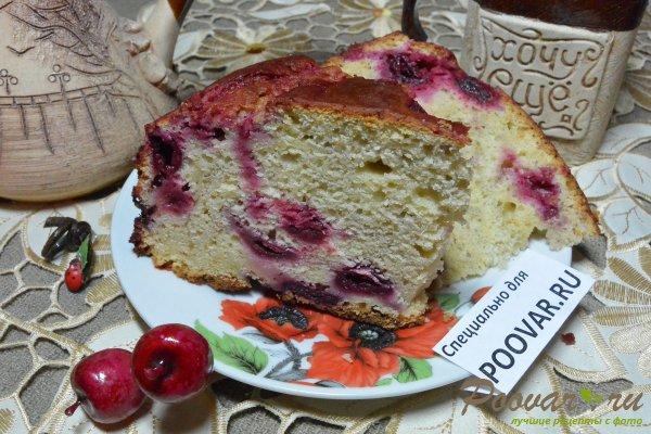Пирог с творогом и вишней Изображение