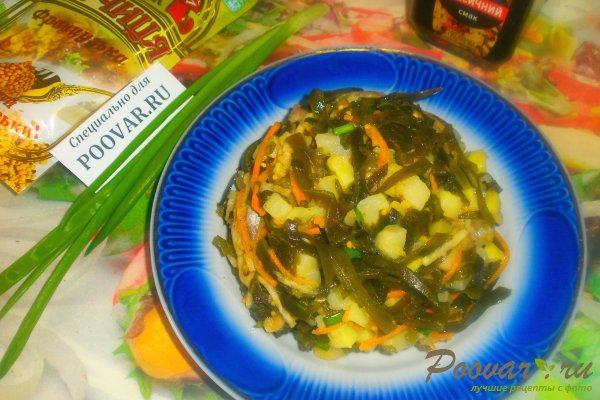 Салат из морской капусты с сельдью Изображение
