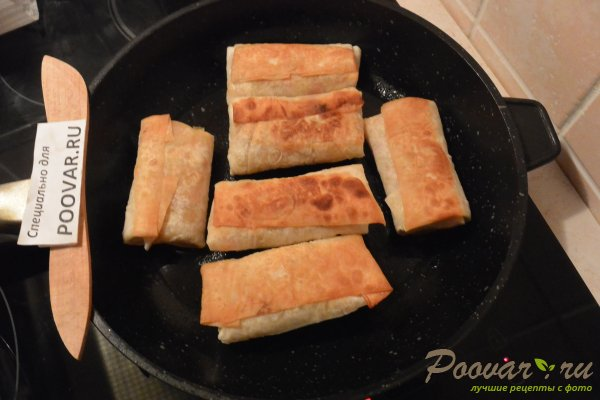 Рулетики из лаваша с картофелем и колбасой Шаг 14 (картинка)