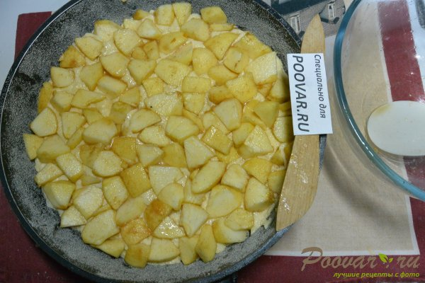 Манник с яблоками на сметане и мукой Шаг 15 (картинка)
