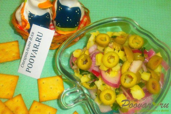 Салат из картофеля и оливок Изображение