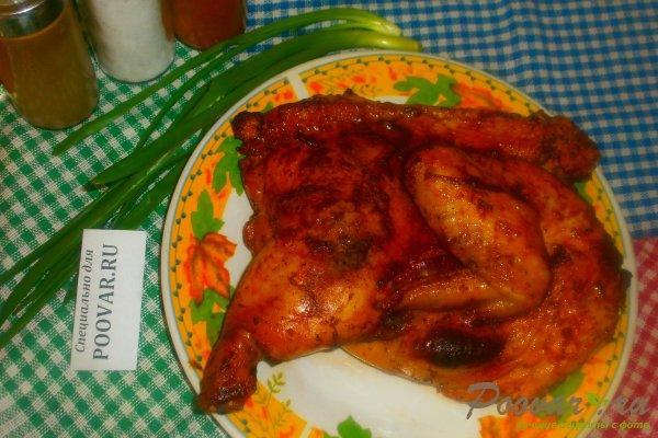 Курица в духовке с томатным соусом Изображение