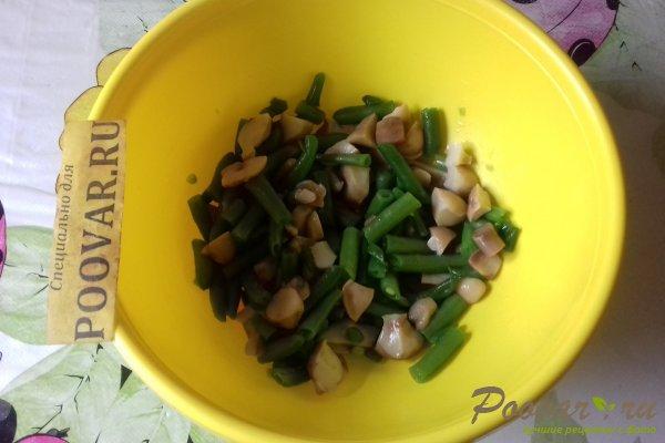 Салат из стручковой фасоли с грибами Шаг 7 (картинка)