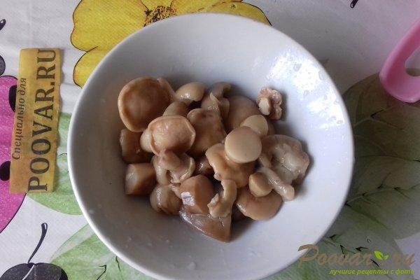 Салат из стручковой фасоли с грибами Шаг 3 (картинка)