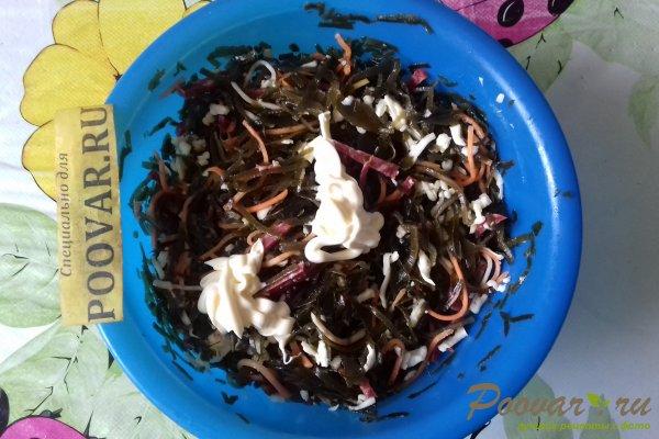 Салат из морской капусты с колбасой и сыром Шаг 8 (картинка)