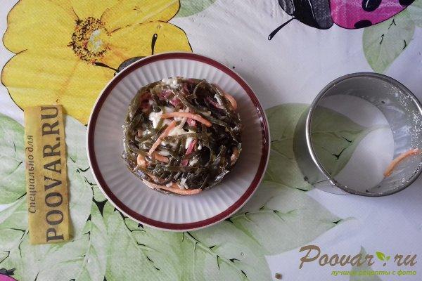 Салат из морской капусты с колбасой и сыром Шаг 10 (картинка)