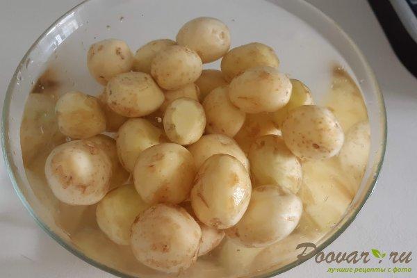 Молодой картофель со свининой на сковороде Шаг 1 (картинка)