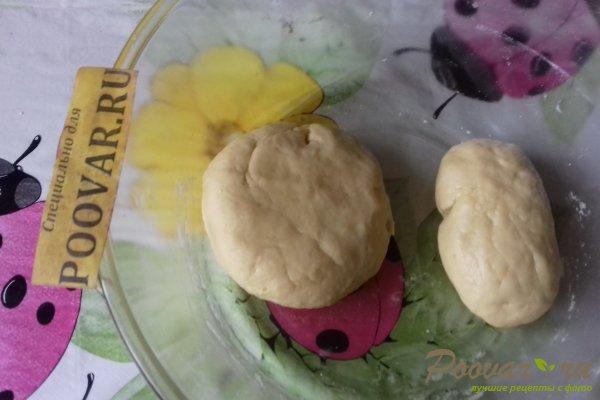 Тёртый пирог с луком, яйцом и сыром Шаг 6 (картинка)