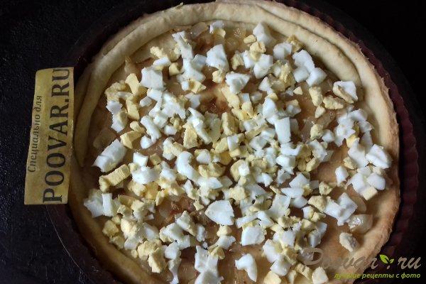 Тёртый пирог с луком, яйцом и сыром Шаг 14 (картинка)