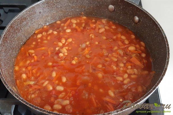 Тушеная фасоль с мясом на сковороде Шаг 7 (картинка)