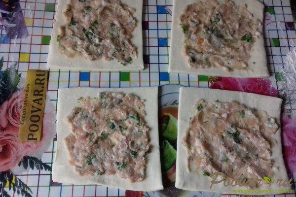 Слойки с мясом и зеленью из слоёного теста Шаг 10 (картинка)