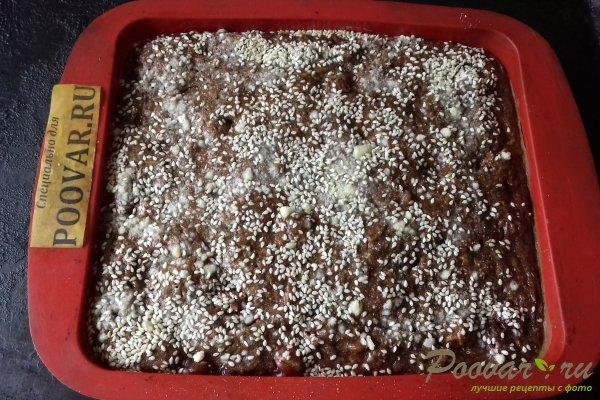 Шоколадный пирог с морковью и ягодами Шаг 13 (картинка)