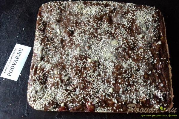 Шоколадный пирог с морковью и ягодами Шаг 14 (картинка)