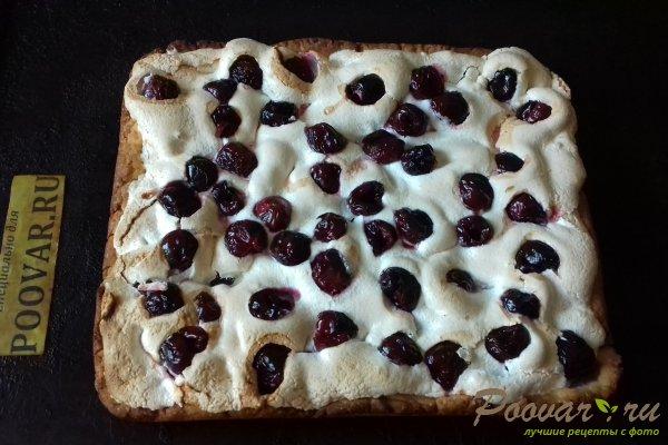 Пирог с безе и ягодами Шаг 16 (картинка)