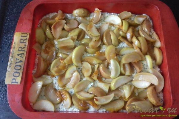 Яблочный пирог с творогом и маком Шаг 10 (картинка)