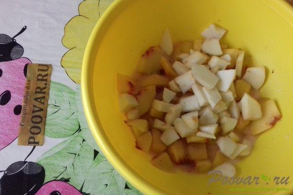 Пирог с персиками и яблоками Шаг 5 (картинка)