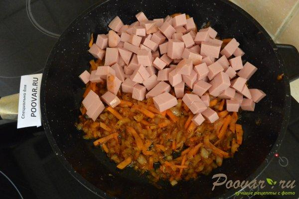 Гречневая каша в сливочном соусе с колбасой Шаг 3 (картинка)