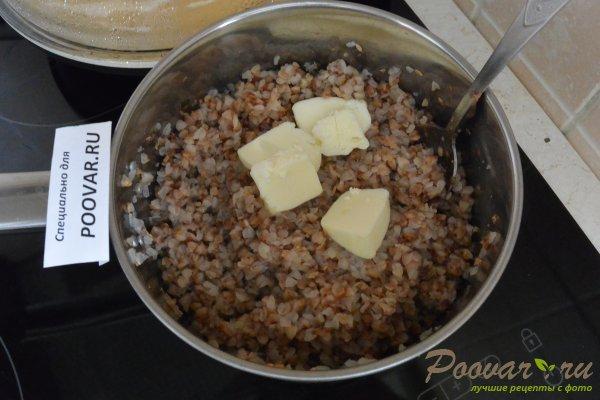 Гречневая каша в сливочном соусе с колбасой Шаг 6 (картинка)