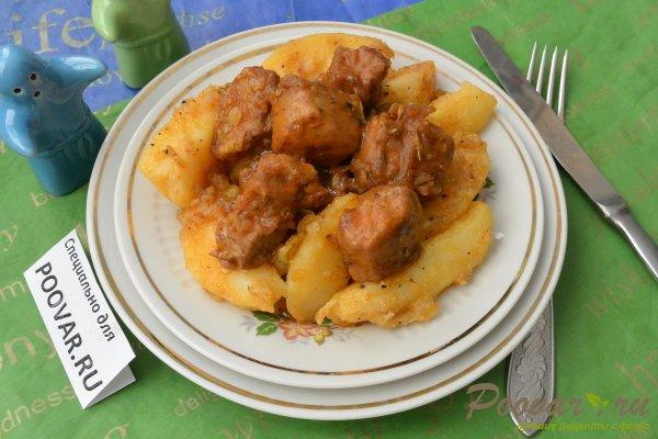 Тушеная свинина с луком и картофелем Шаг 13 (картинка)