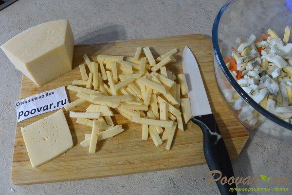 Овощной салат с яйцом и сыром Шаг 3 (картинка)