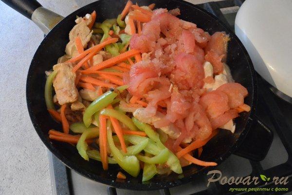 Куриное филе с овощами на сковороде Шаг 8 (картинка)