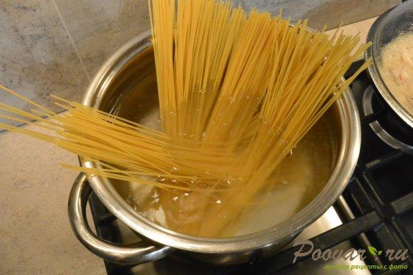 Спагетти с креветками и сыром Шаг 11 (картинка)