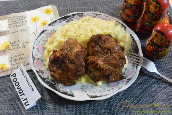 Окорочка на сковороде в соевом соусе Изображение