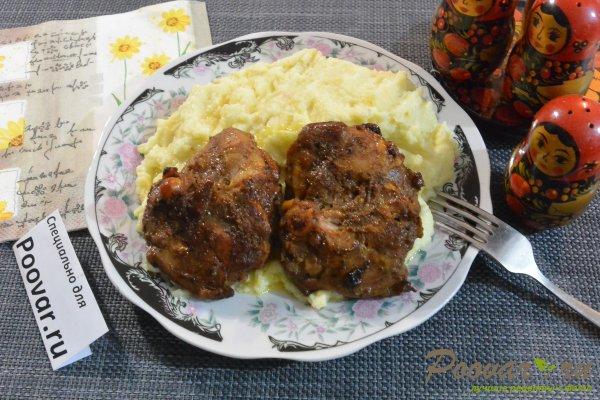 Окорочка на сковороде в соевом соусе Шаг 9 (картинка)