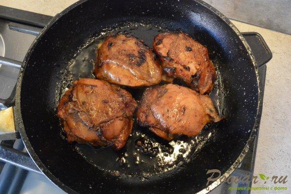 Окорочка на сковороде в соевом соусе Шаг 8 (картинка)