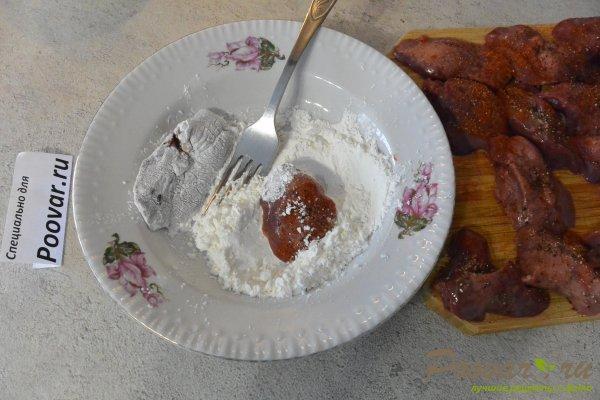 Куриная печень жареная с луком и зеленым горошком Шаг 7 (картинка)