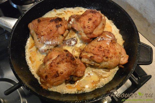 Курица с брокколи в сливочном соусе Шаг 8 (картинка)