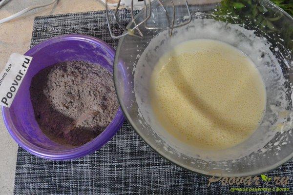 Бисквитный торт с кремом в микроволновке Шаг 5 (картинка)