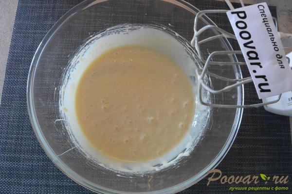Торт без выпечки из печенья с вишней и кремом Шаг 5 (картинка)