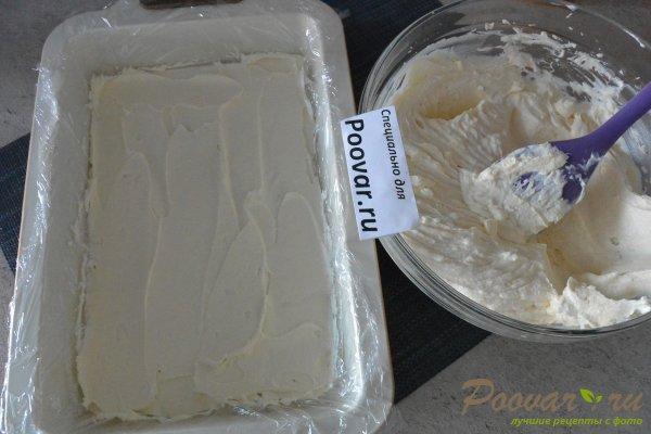 Торт без выпечки из печенья с вишней и кремом Шаг 11 (картинка)