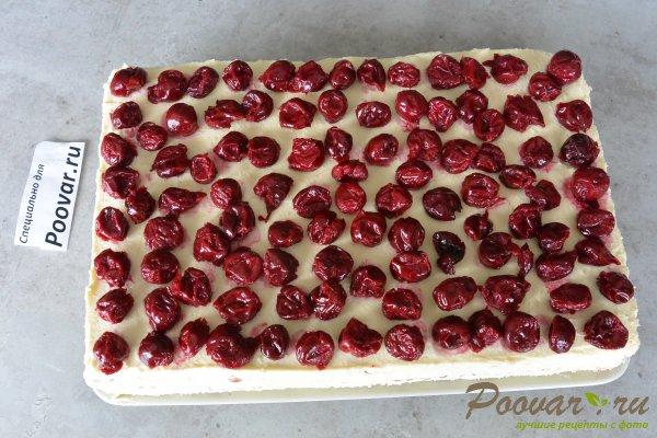 Торт без выпечки из печенья с вишней и кремом Шаг 16 (картинка)