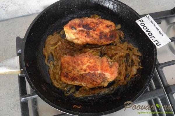 Жареное куриное филе с луком Шаг 8 (картинка)