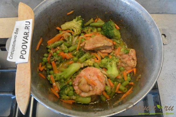 Куриное филе тушеное с овощами Шаг 13 (картинка)