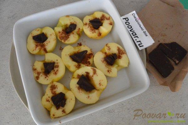 Запеченные яблоки с шоколадом Шаг 6 (картинка)